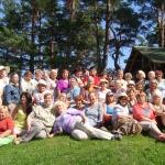 Apšuciema foruma dalībnieču saulainie smaidi