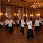 """Sniegbaltās """"Dāmītes"""" pārsteidz ar modernu dejas soli"""