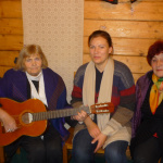 Austra Pumpure, Antra Zūkere, Viktorija Iļjučenoka vienojas koīgā dziesmā